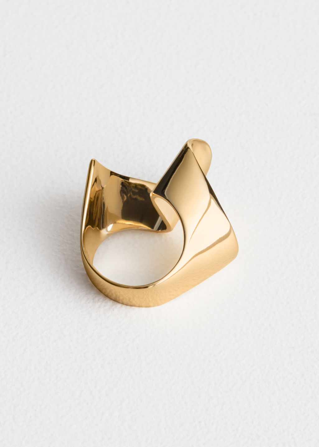 Back image of Stories ripple wave ring in gold