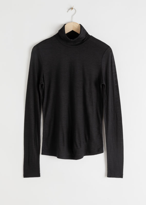 Thin Wool Knit Turtleneck