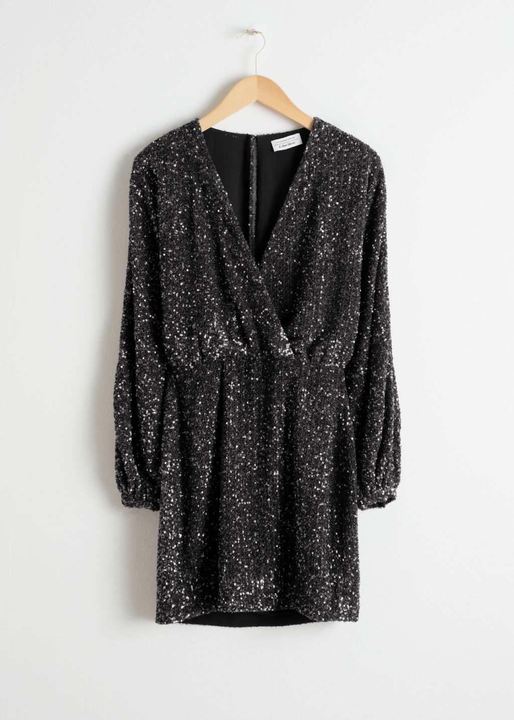 en soldes 9a0a3 789da Sequin Mini Wrap Dress - Black - Mini dresses - & Other Stories