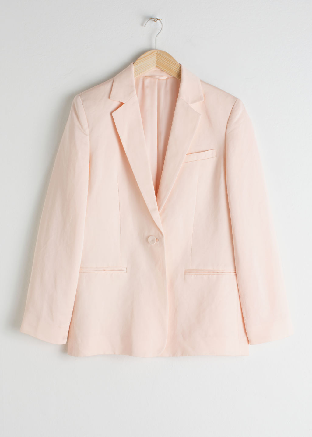 StillLife Front Image of Stories Seashell Button Oversized Blazer in Orange