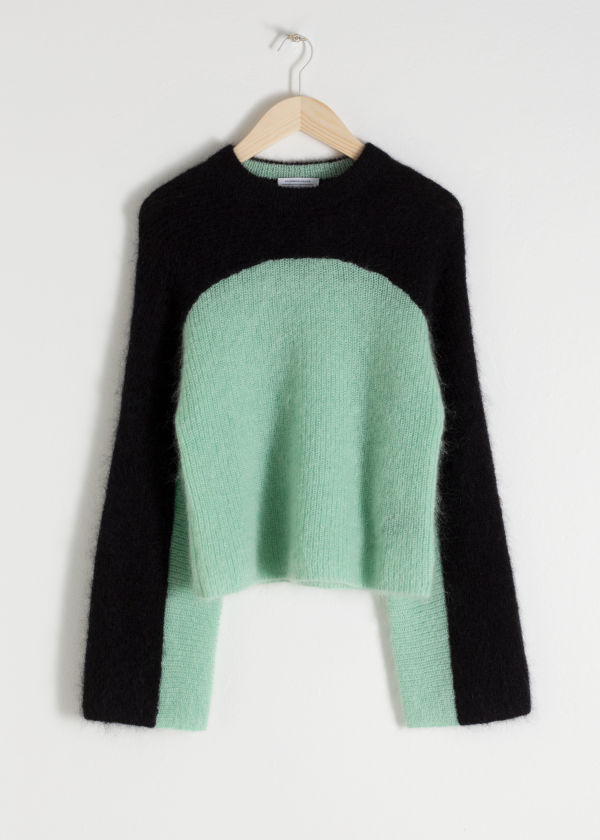 Cropped Colourblock Sweater