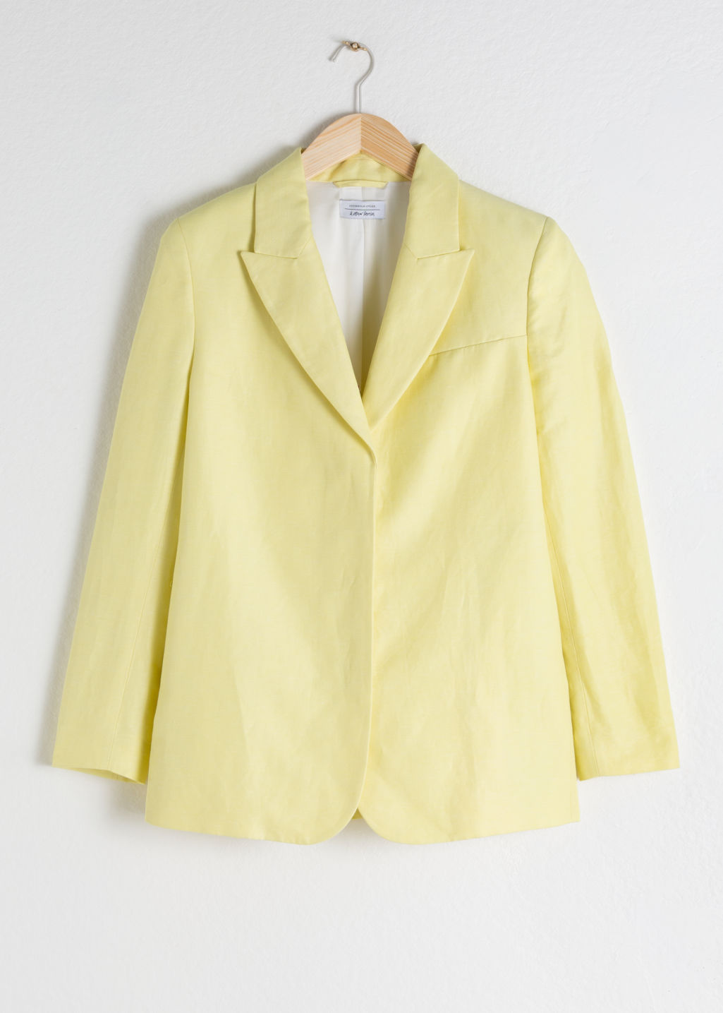 StillLife Front Image of Stories Oversized Linen Blend Blazer in Yellow