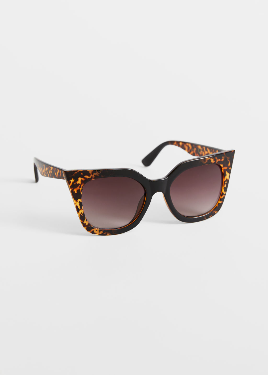StillLife Front Image of Stories Cat Eye Sunglasses in Beige