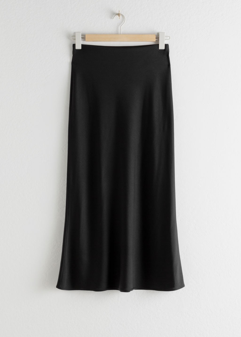 StillLife Front Image of Stories Stretch Midi Skirt in Black