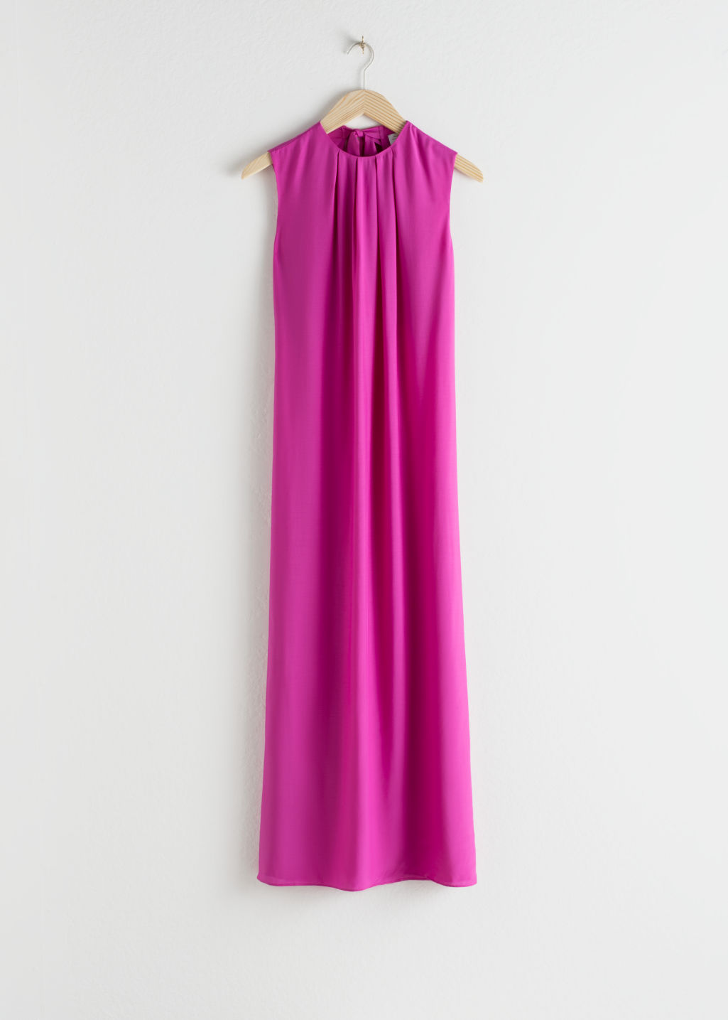 StillLife Front Image of Stories Open Tie Back Midi Dress in Pink
