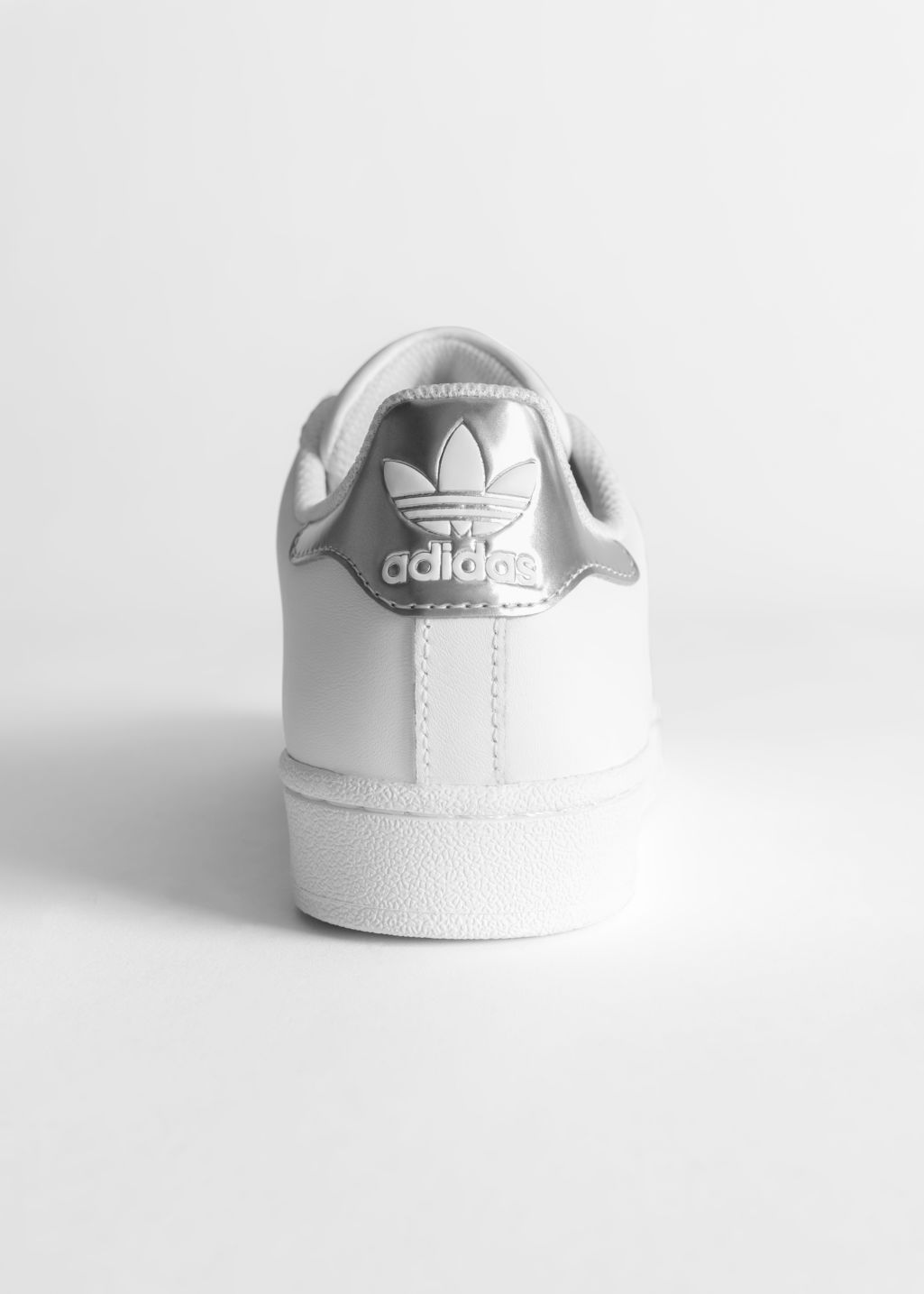 adidas superstar back