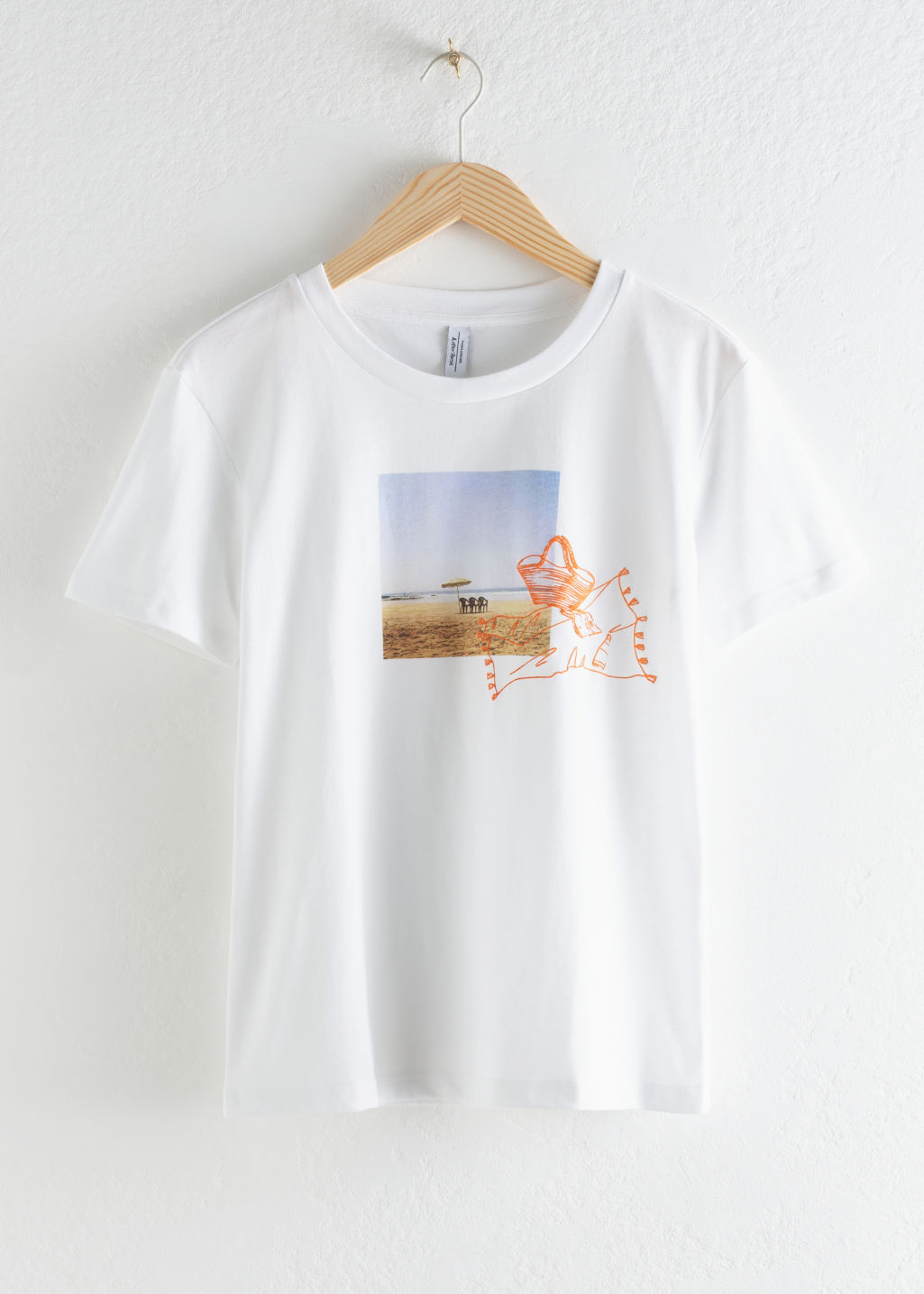 StillLife Front Image of Stories Beach Graphic T-Shirt in White