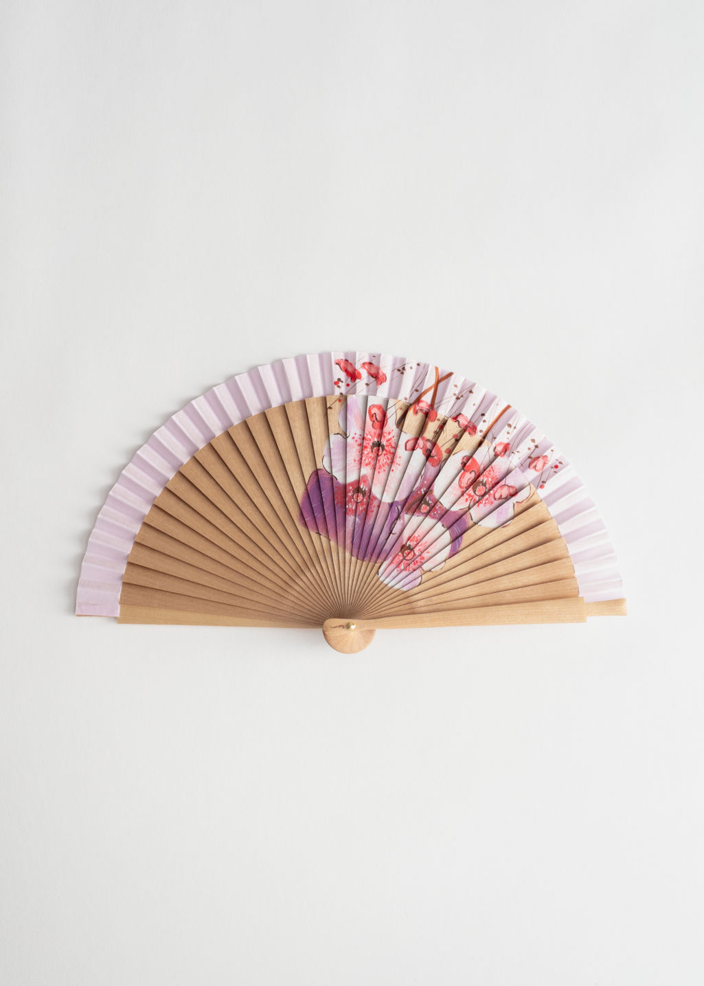 Back image of Stories wooden flower fan in pink