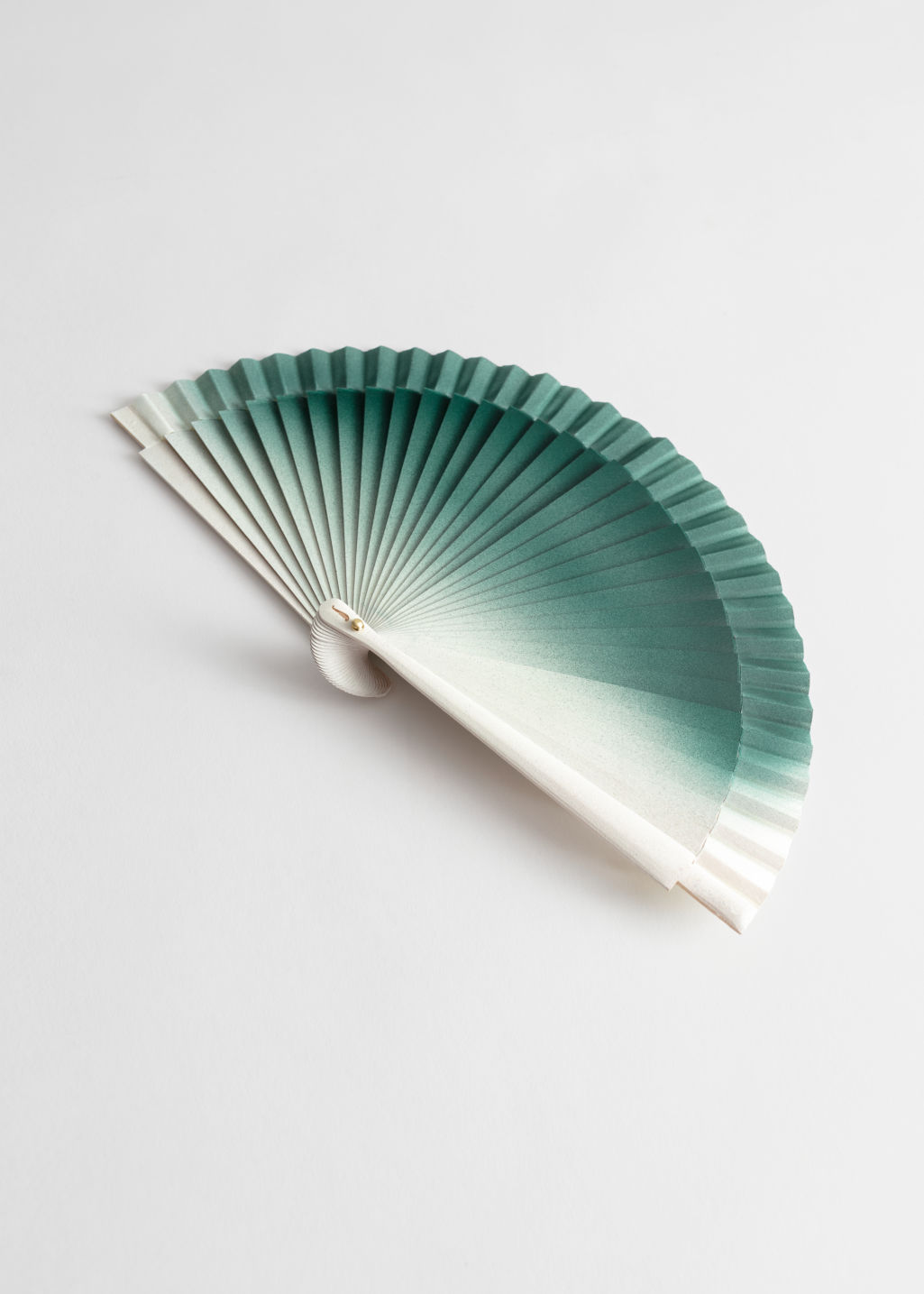 Front image of Stories wooden ombré fan in green