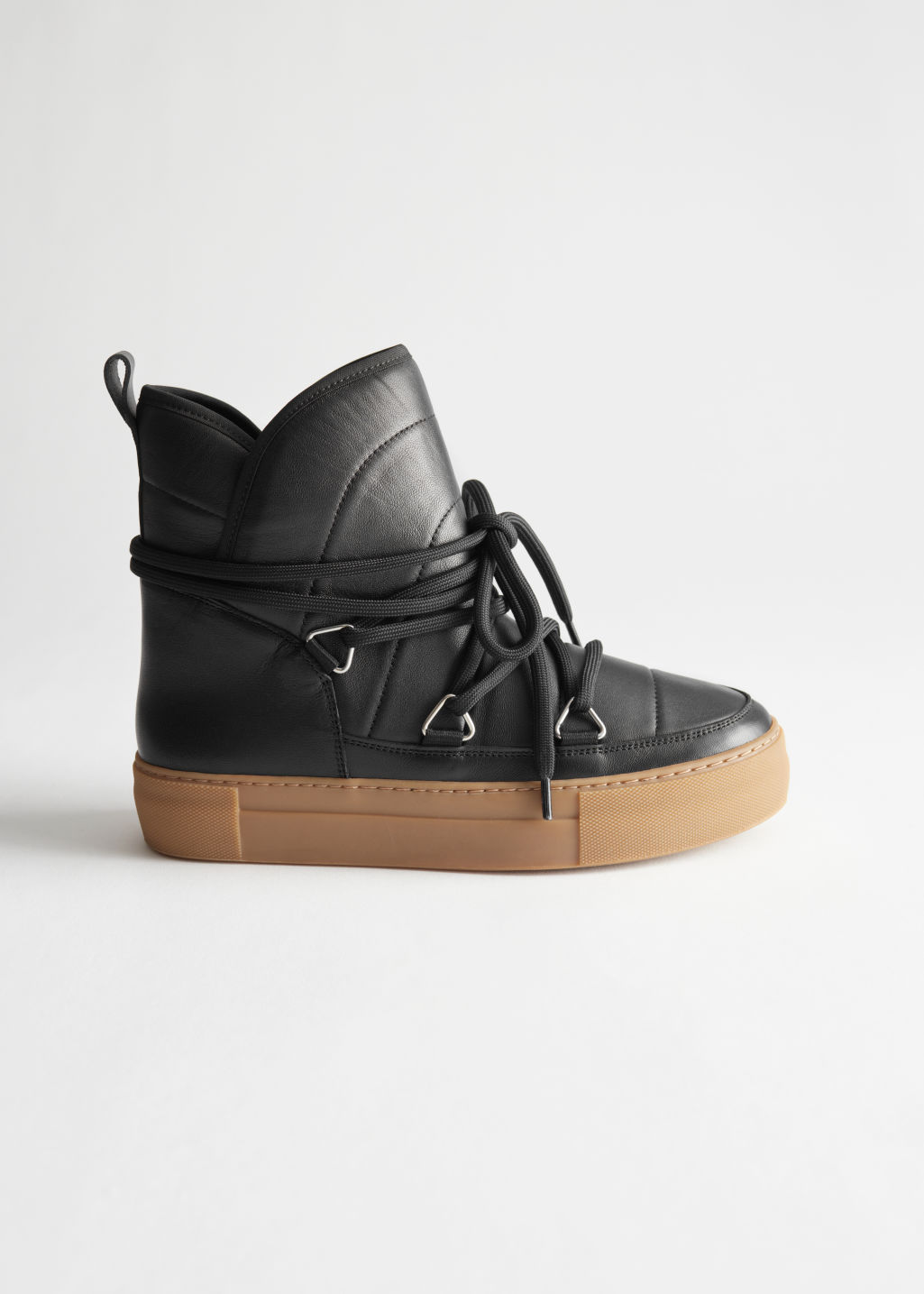 StillLife Side Image of Stories Shearling Lined Suede Snow Boots in Black