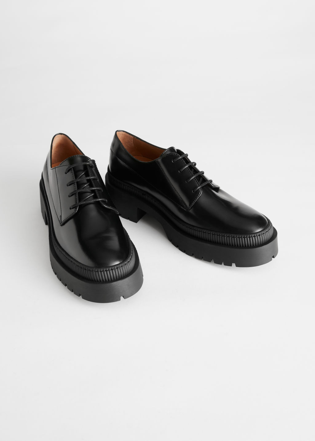 StillLife Front Image of Stories Chunky Heeled Leather Oxfords in Black