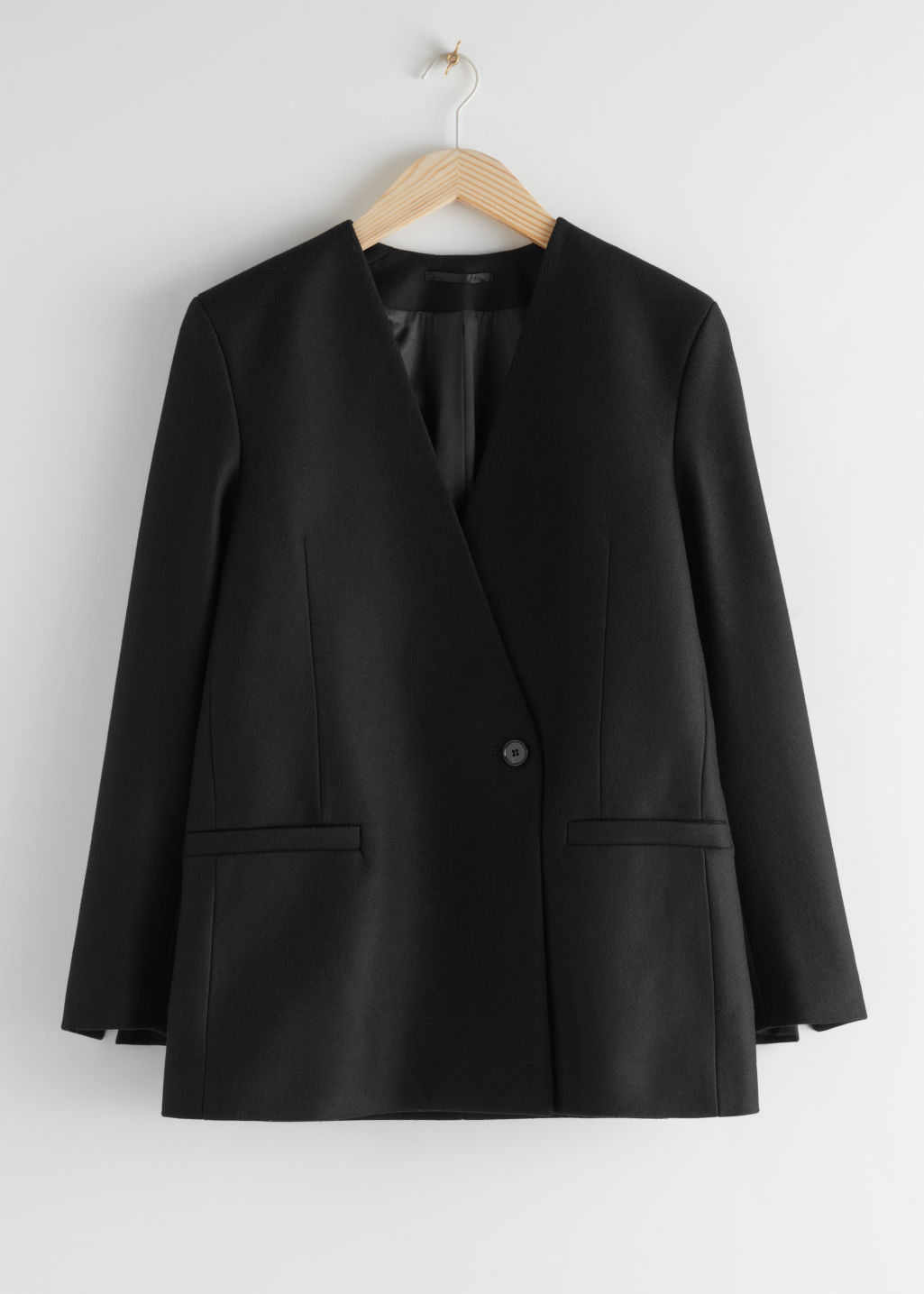 StillLife Front Image of Stories Wool Blend Felt Wrap Blazer in Black