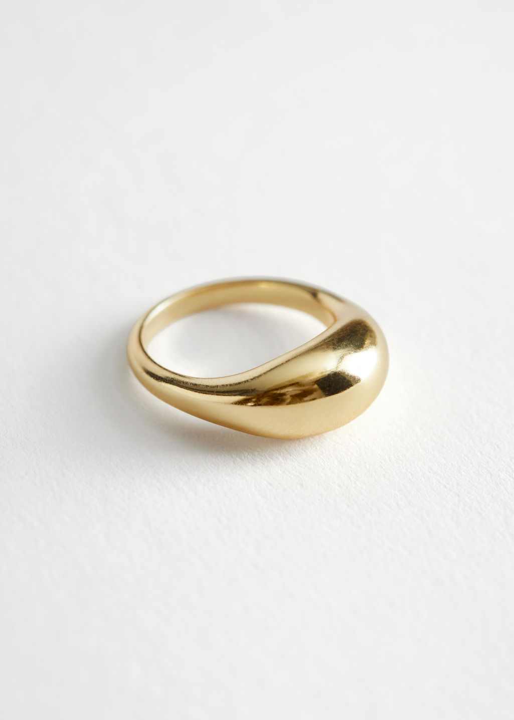 Front image of Stories organic sphere ring in gold