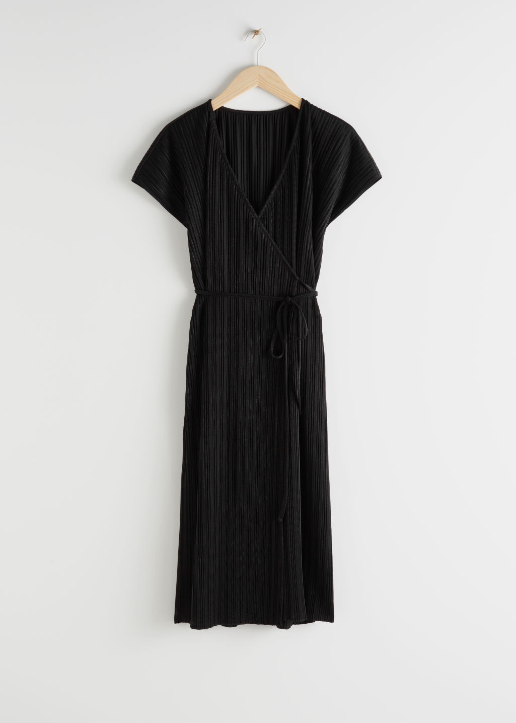 StillLife Front Image of Stories Plissé Pleated Midi Wrap Dress in Black