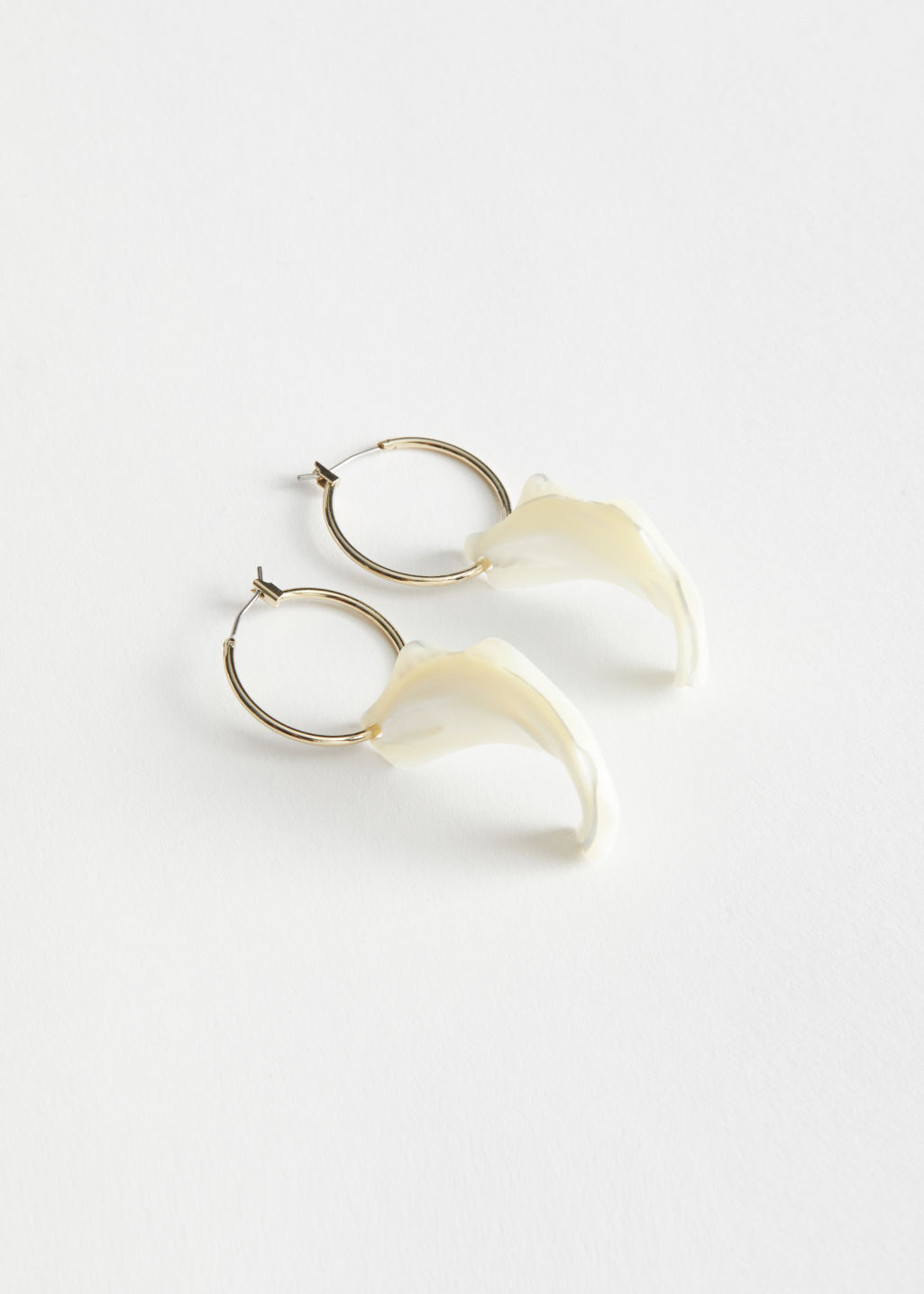 StillLife Front Image of Stories Organic Shell Pendant Hoop Earrings in White