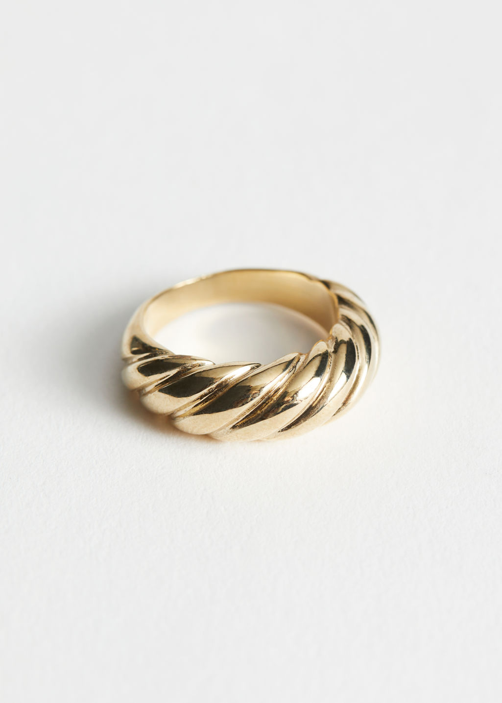StillLife Front Image of Stories Twisted Sphere Ring in Gold