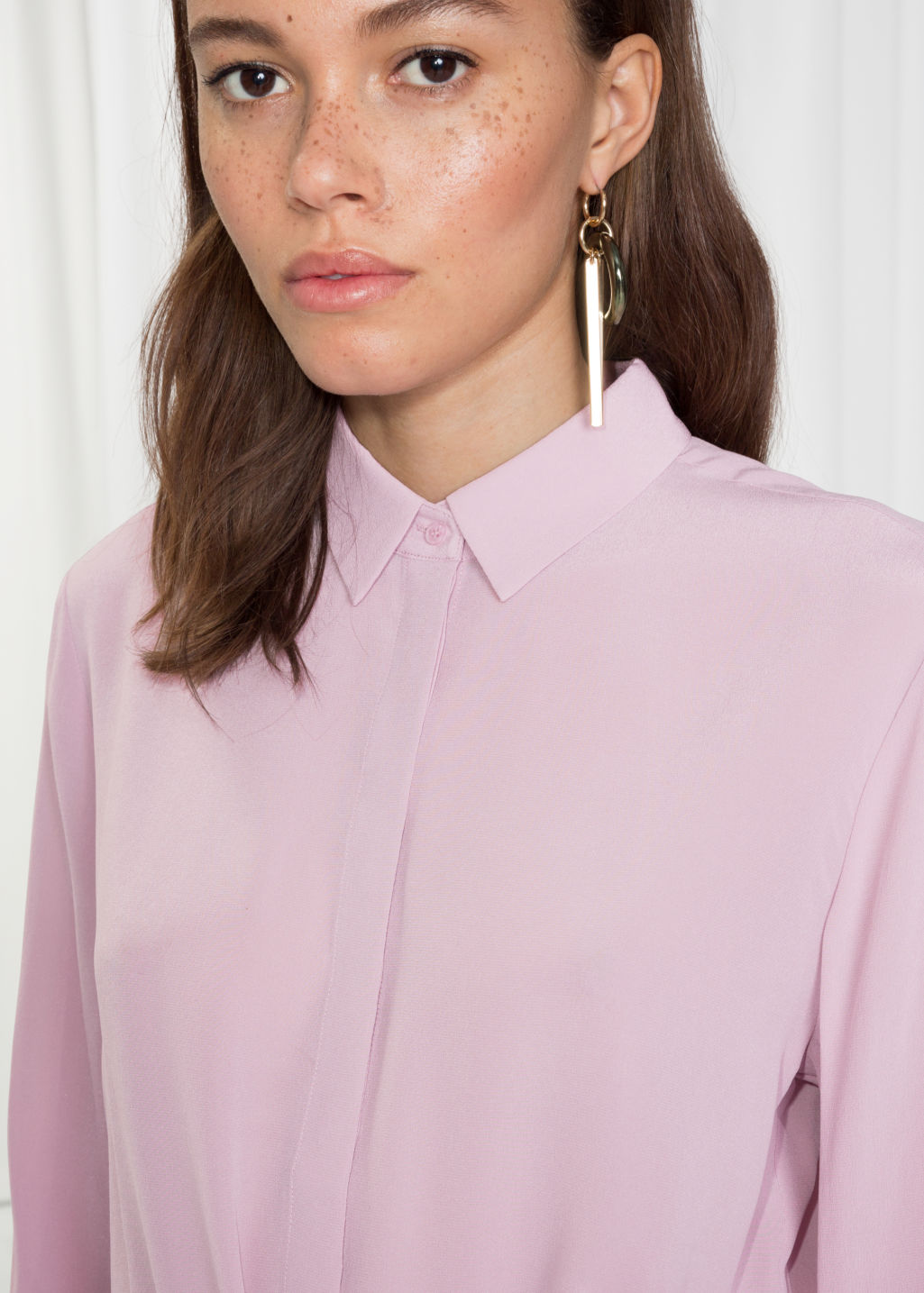 Detailed image of Stories straight fit silk shirt in pink