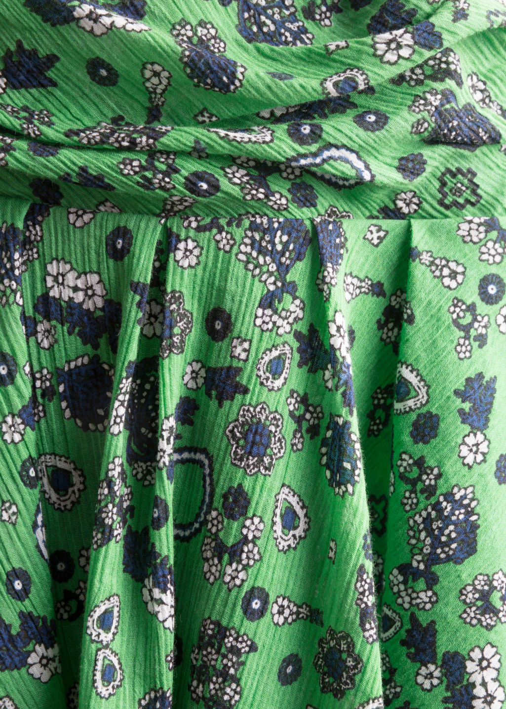 Detailed image of Stories frill skirt in green