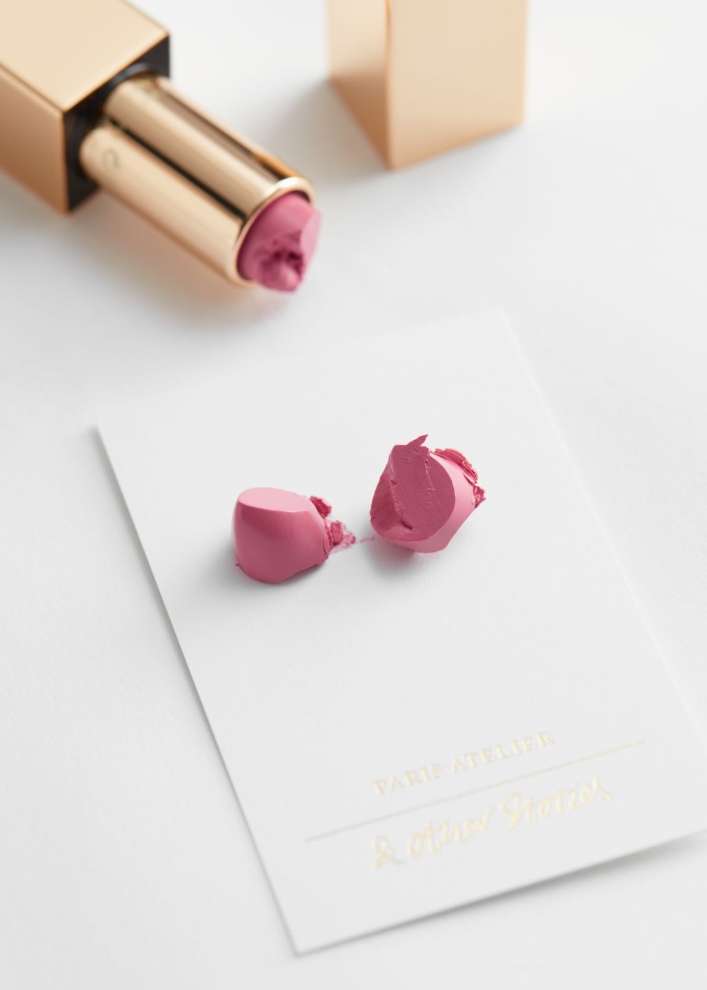 Detailed image of Stories lipstick in red