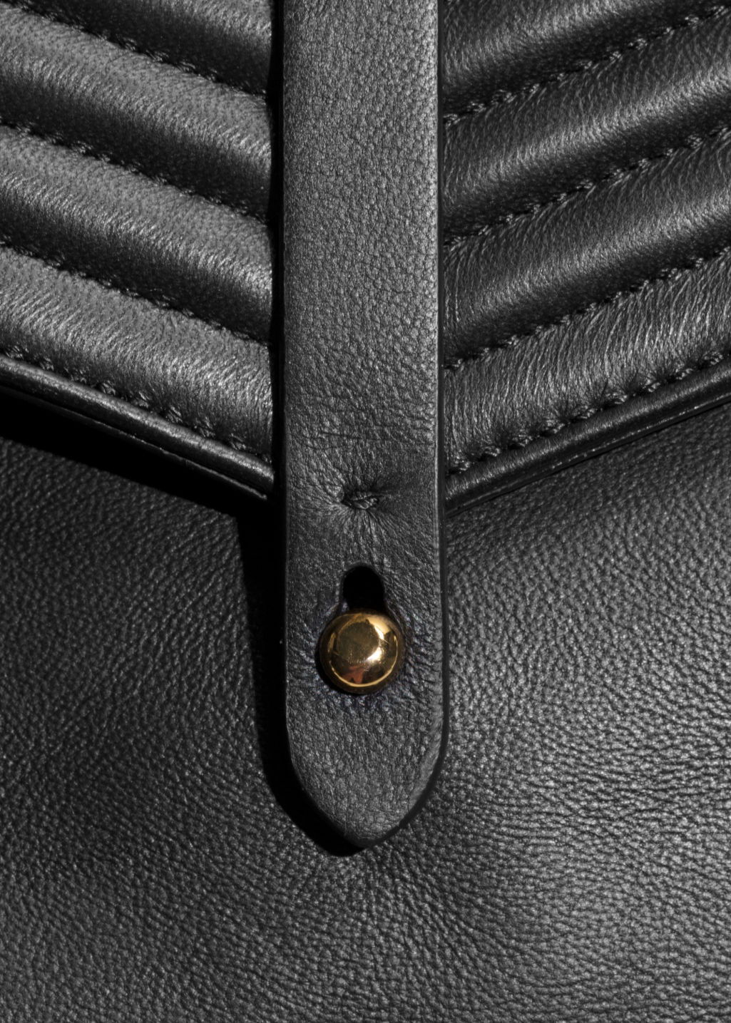 Detailed image of Stories p barry small bag in black