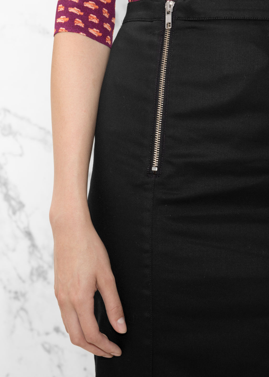 Detailed image of Stories double zip skirt in black