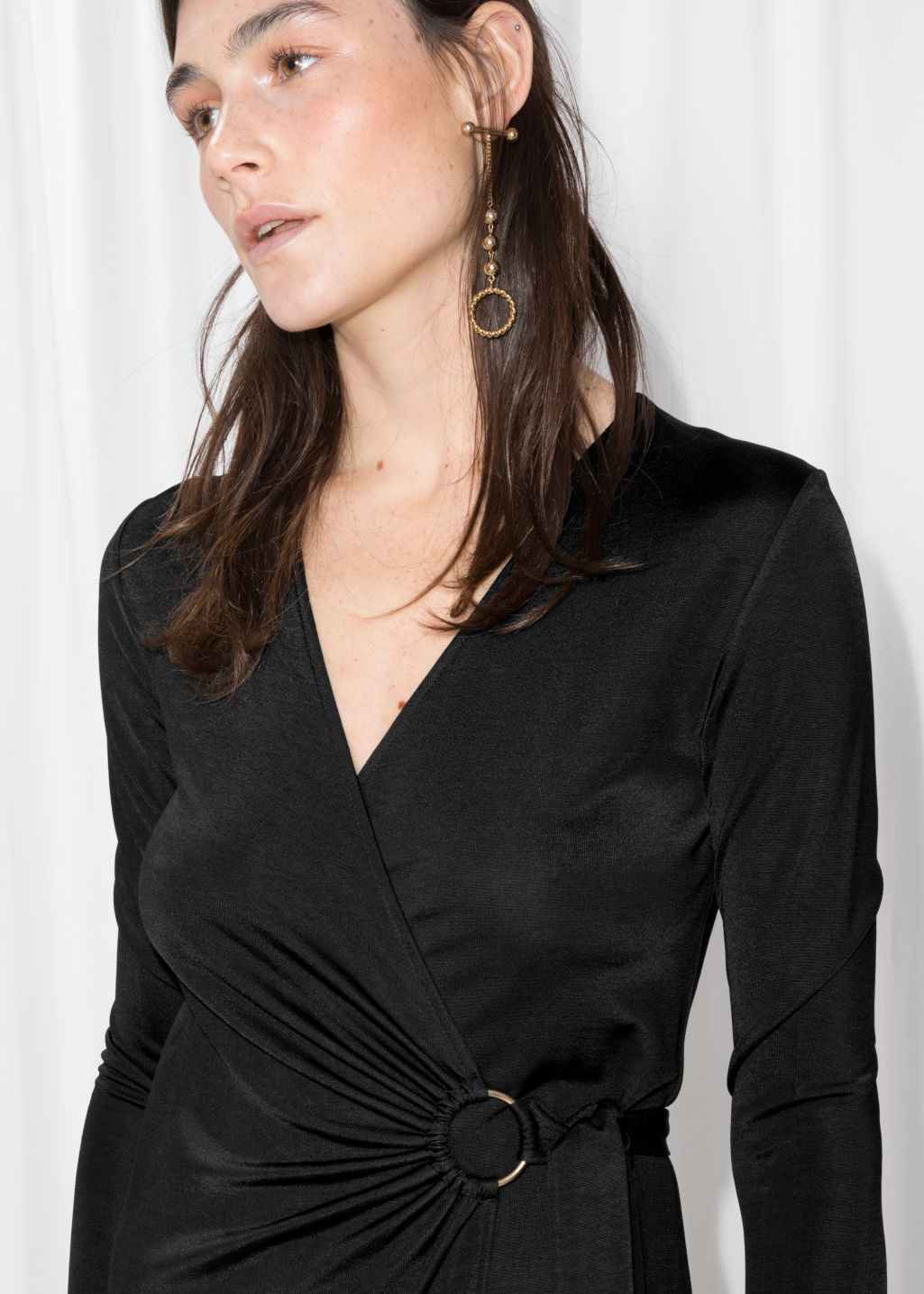 Detailed image of Stories o-ring belted midi dress in black