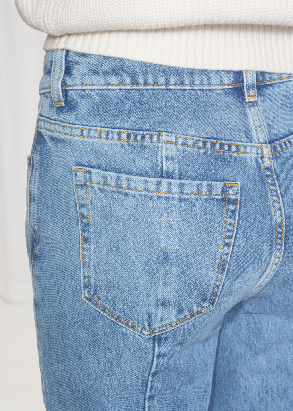 Detailed image of Stories cropped flare jeans in blue