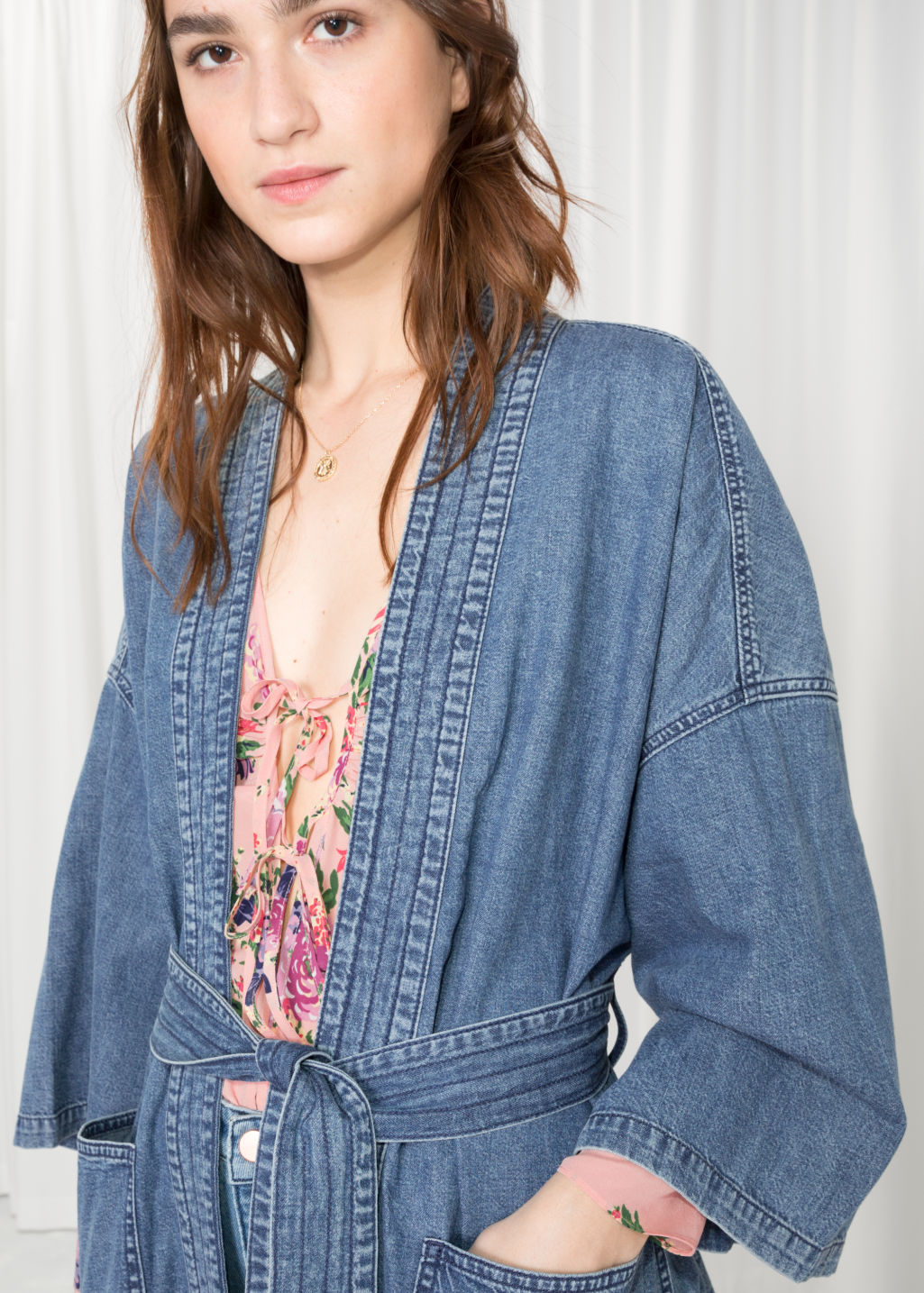 Detailed image of Stories denim kimono in blue