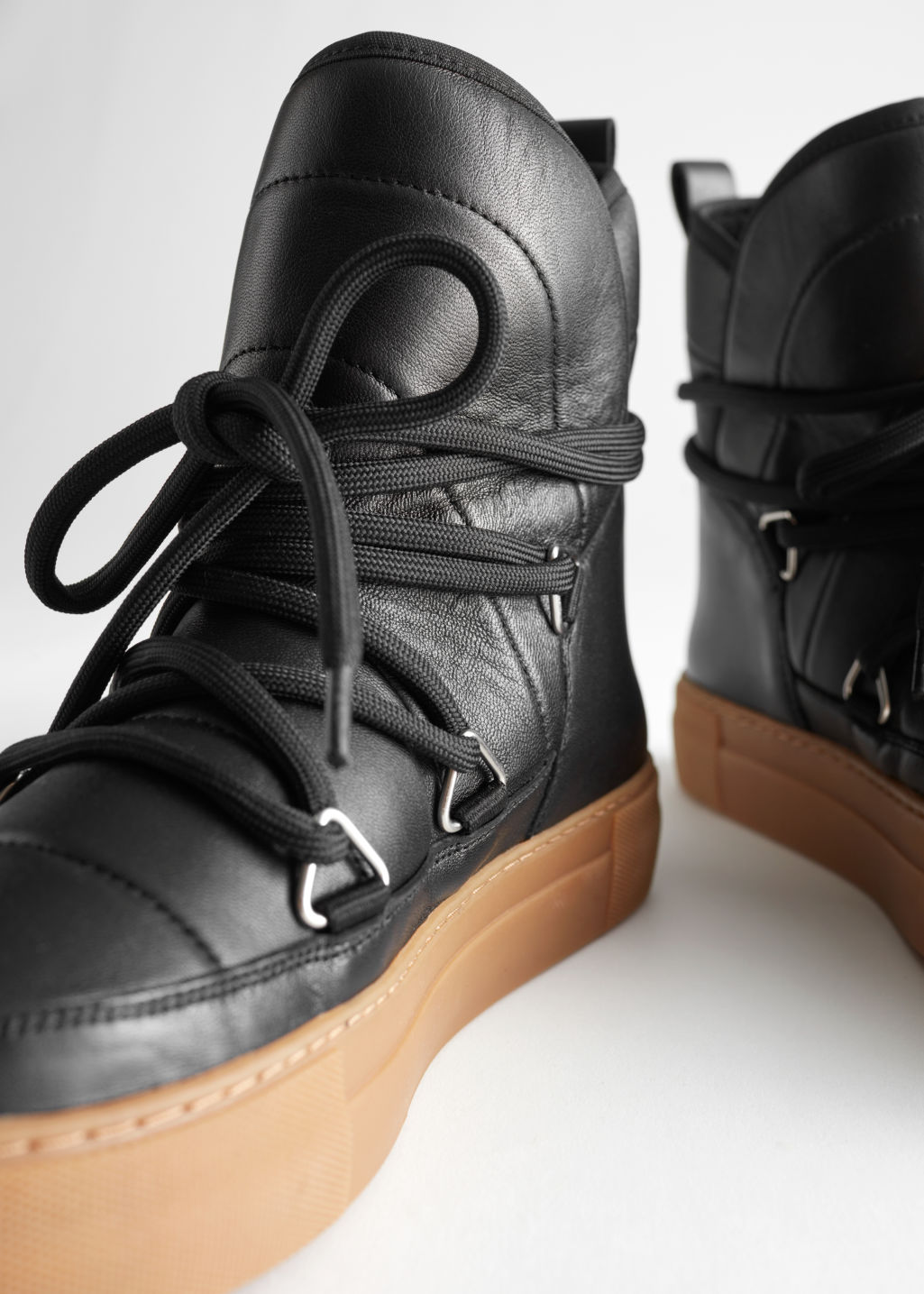 Detailed image of Stories shearling lined suede snow boots in black